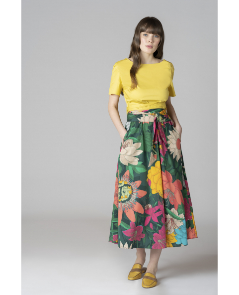 Flared cotton skirt with pocket in...